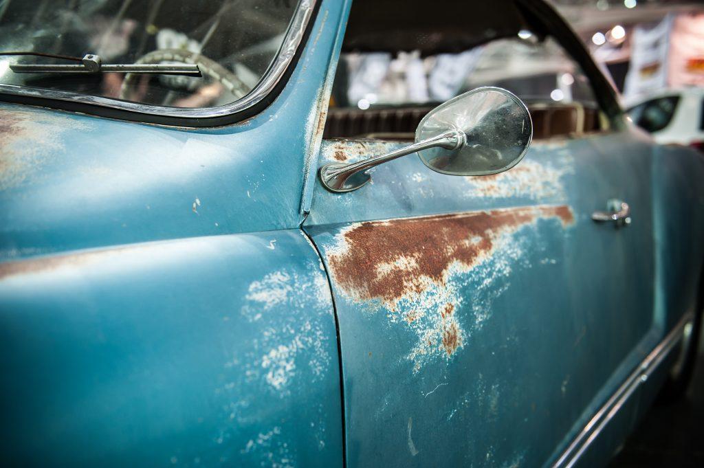 rdza-samochód-auto